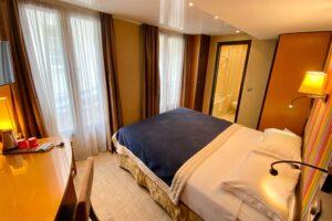 Chambre classiques Hotel du Vieux Saule Paris